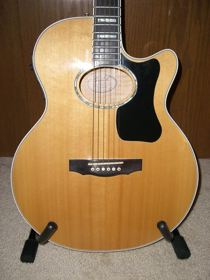 richie havens guild guitar serial number